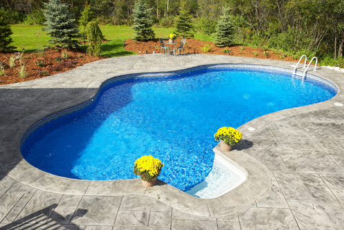 Comment enlever de l 39 argile au fond d 39 une piscine - Centennial swimming pool richmond hill ...